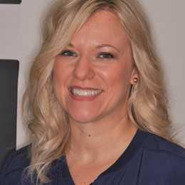 Dr. Lisa Baines, DMD Profile Photo