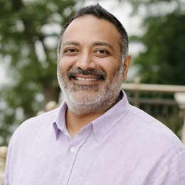 Dr. Parimal Sapovadia Profile Photo
