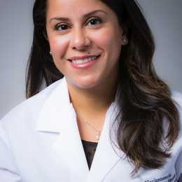 Dr. Sarah Mourad, DMD Profile Photo