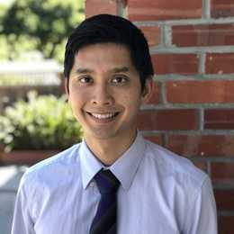 Dr. Dustin Lee, DDS Profile Photo
