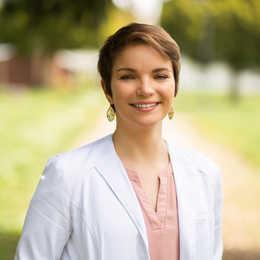 Dr. Anna Marie Messenger Profile Photo