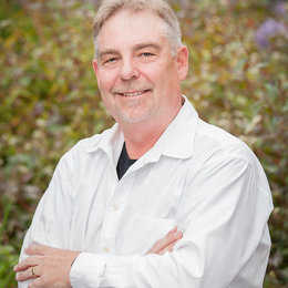 Dr. Henry Quest, DMD Profile Photo