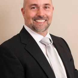 Dr. Allan Jauregui, DDS Profile Photo