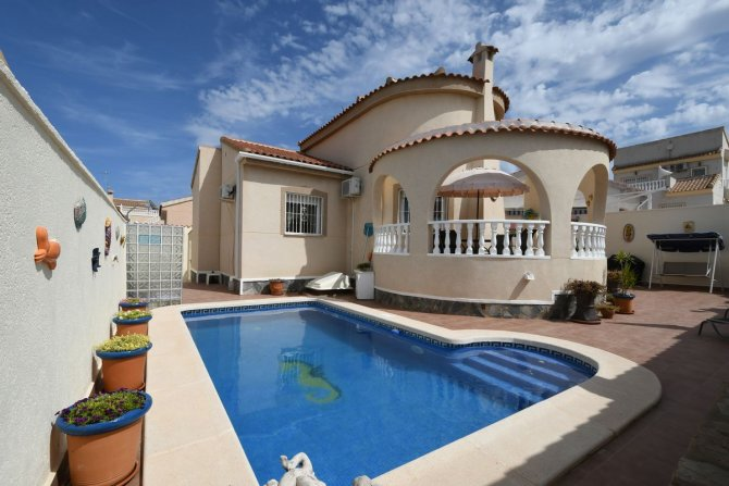 Beautiful 3 bedroom detached villa