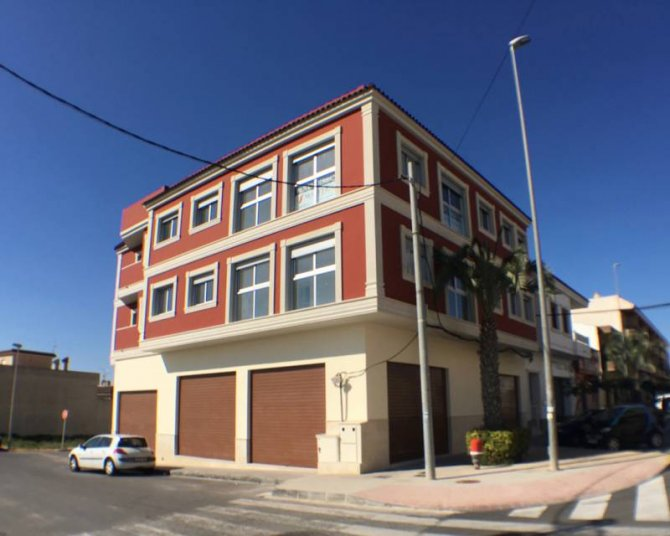 Apartment in Los Montesinos