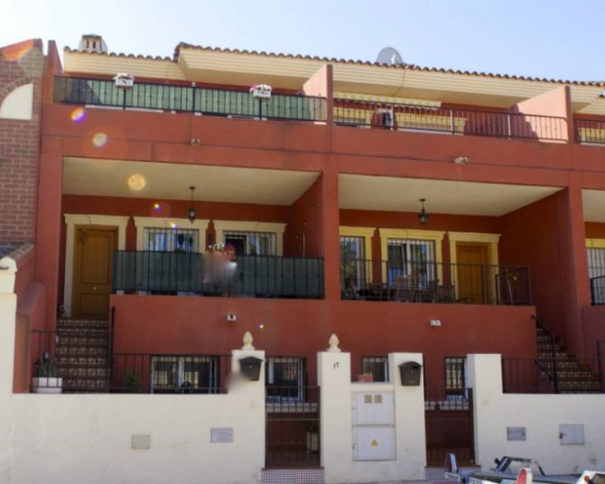 Townhouse in Jacarilla