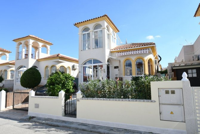 3 Bedroom detached villa in Benimar