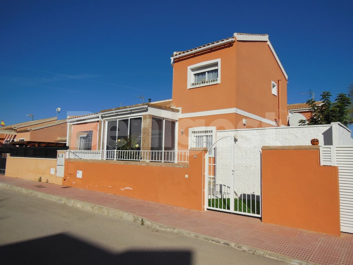 Semi-Detached Villa in Daya Nueva