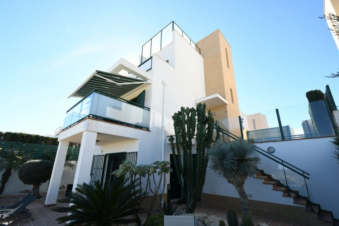 5 Bedroom detached villa with stunning views