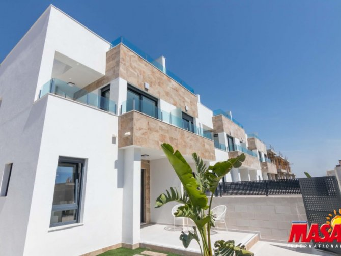 New TOWN HOUSE 3 Bed in Orihuela Costa