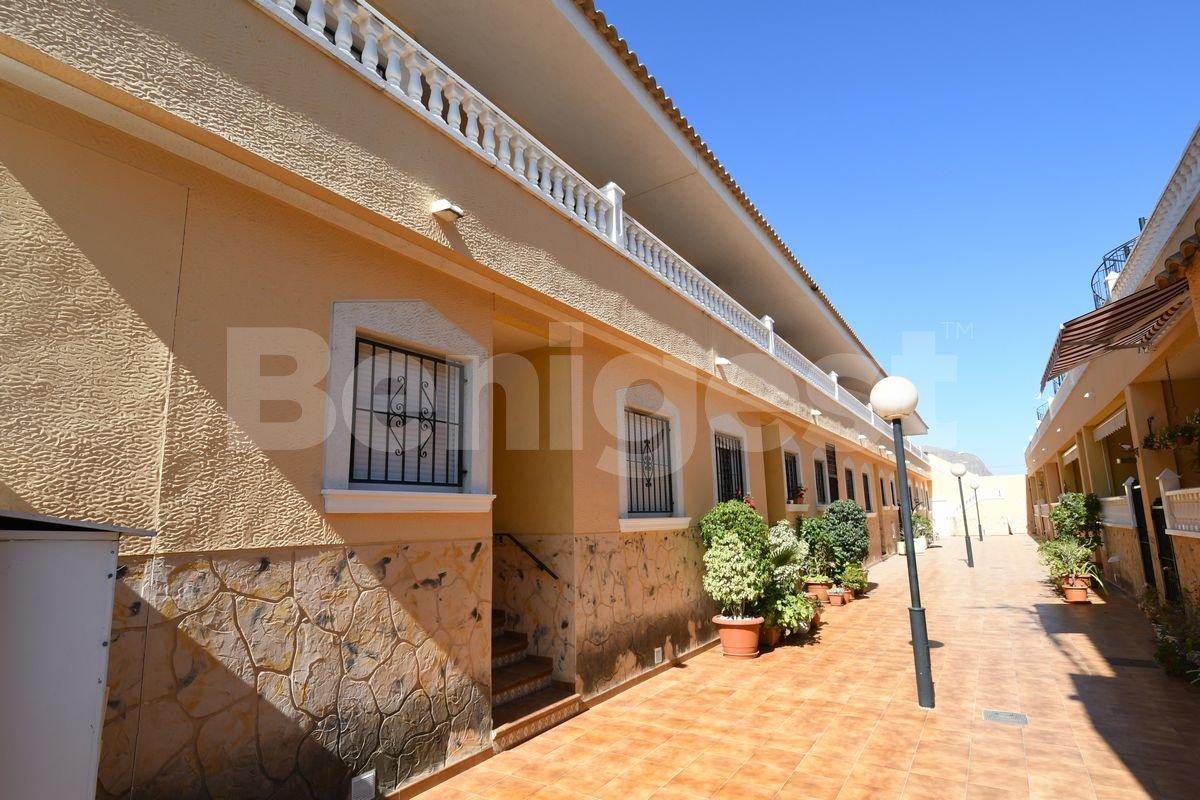 Apartment with private solarium