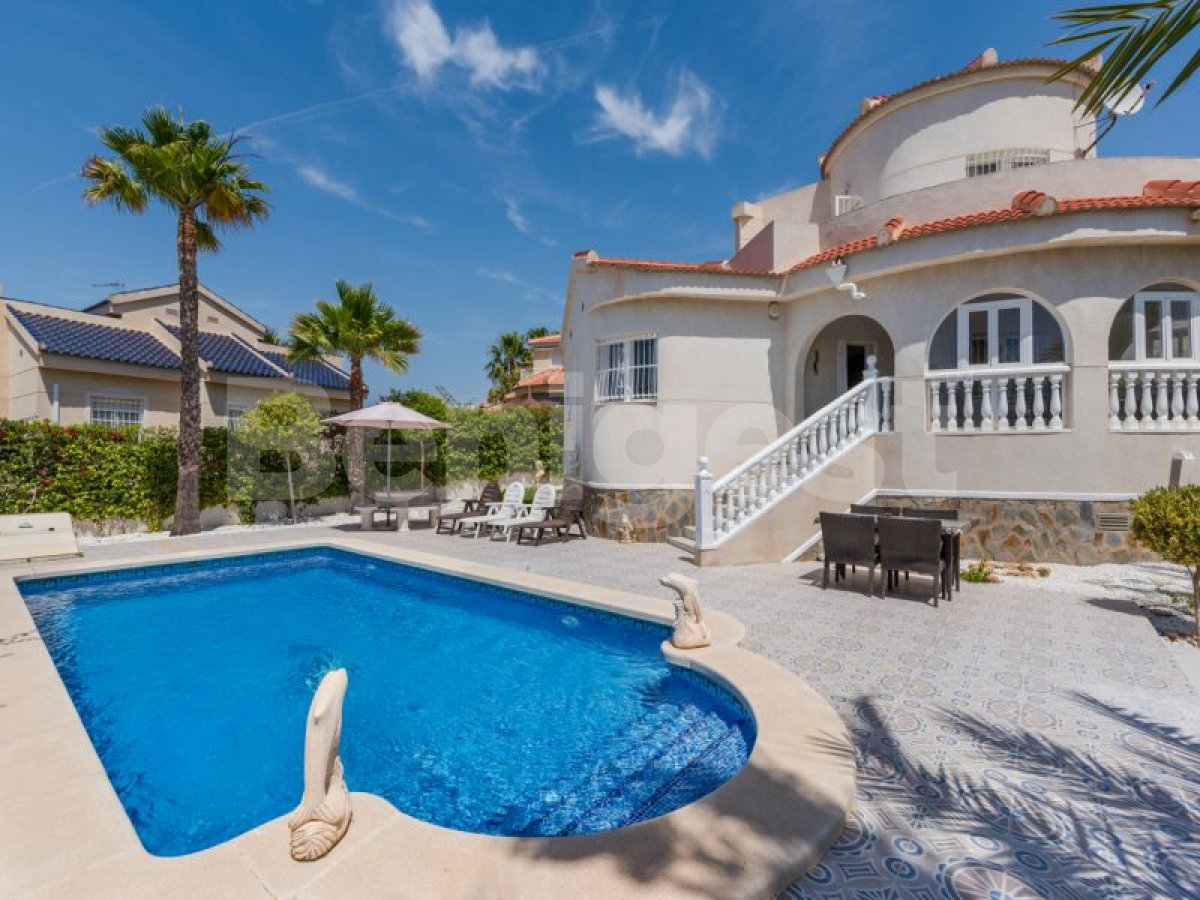 Villa in Rojales