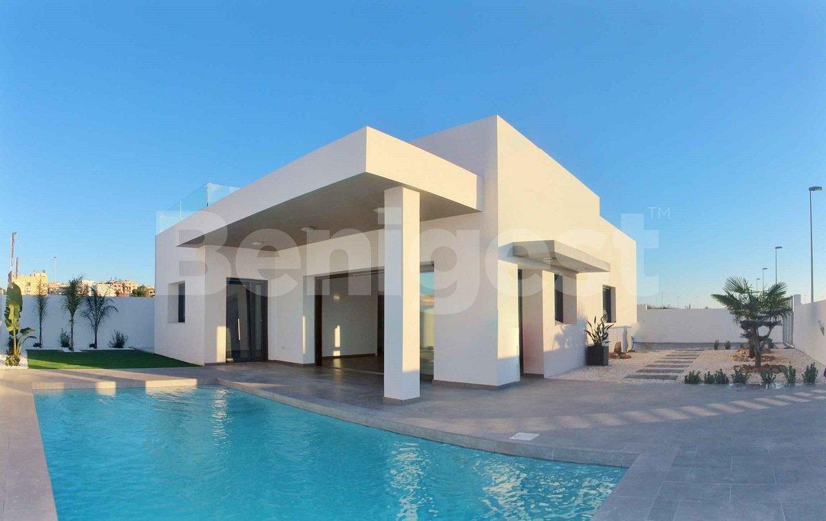 Modern three bedroom villas in Benijofar