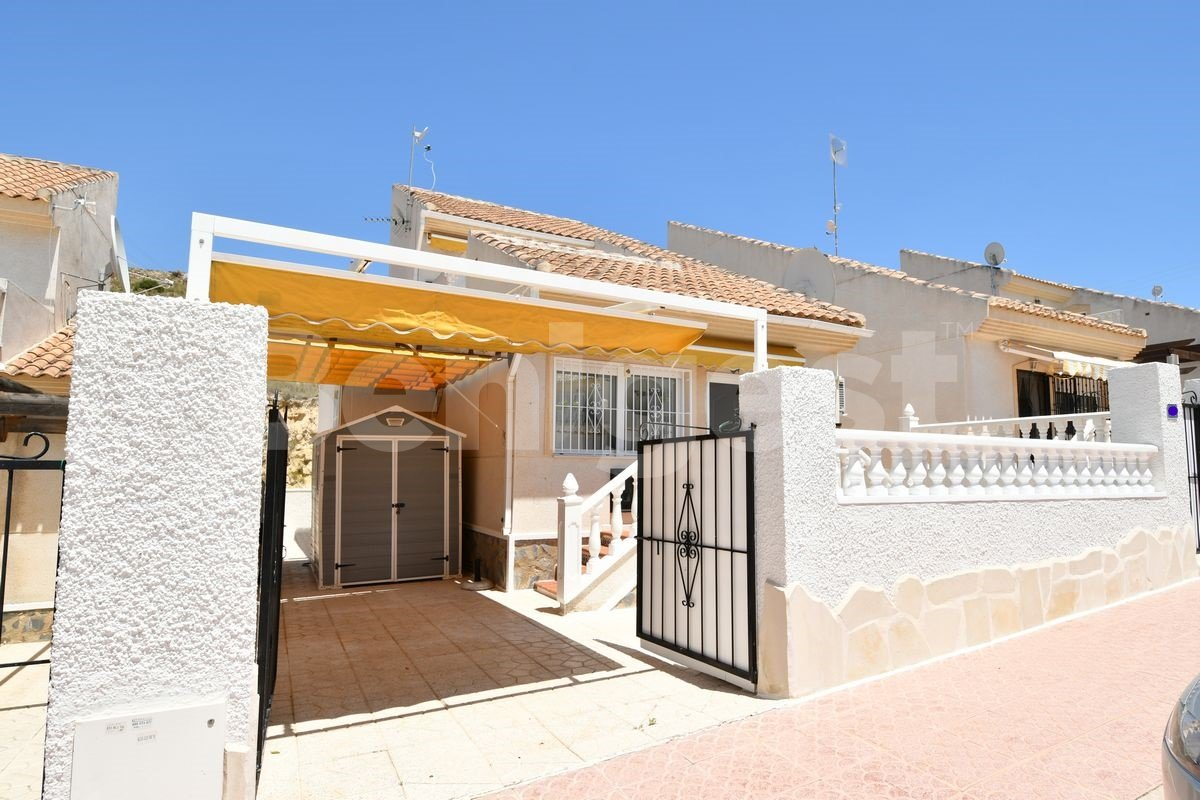 Detached three bedroom villa