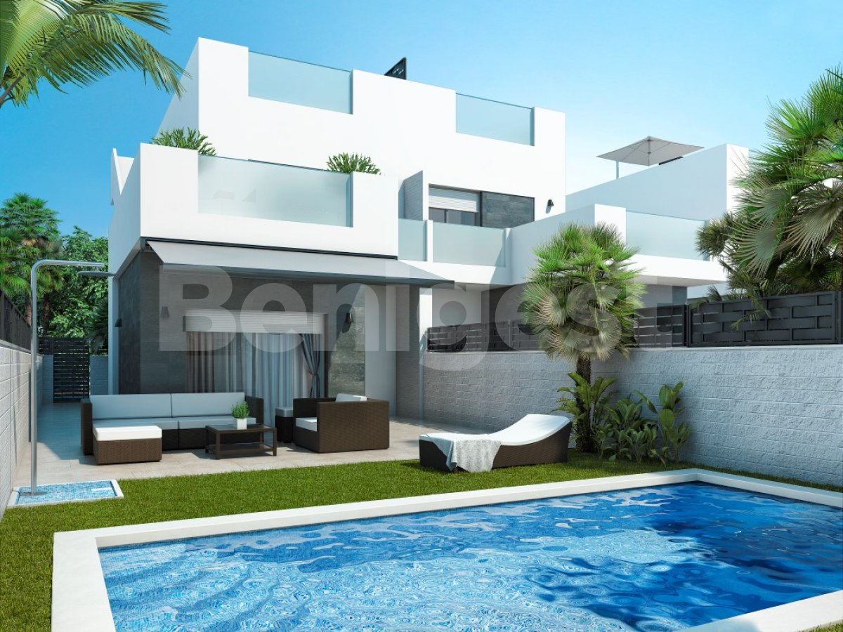 Three bedroom semi-detached villas in Rojales