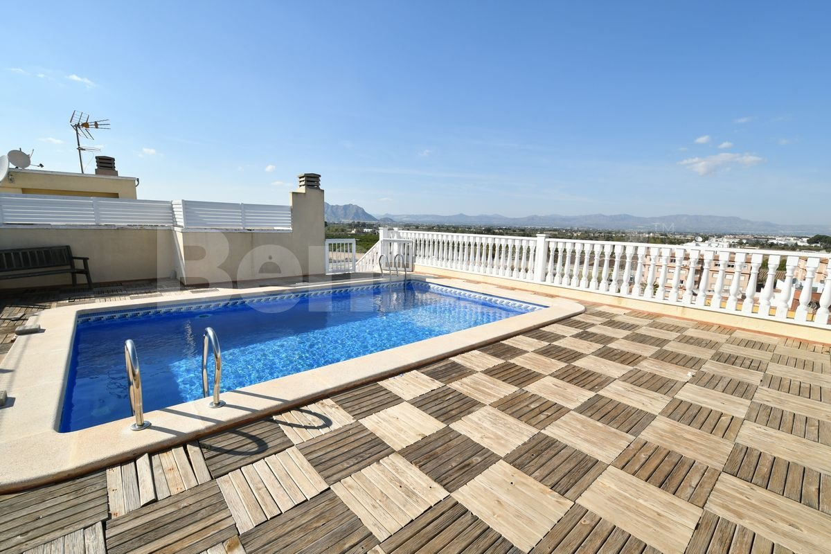 Two bedroom apartment in Algorfa