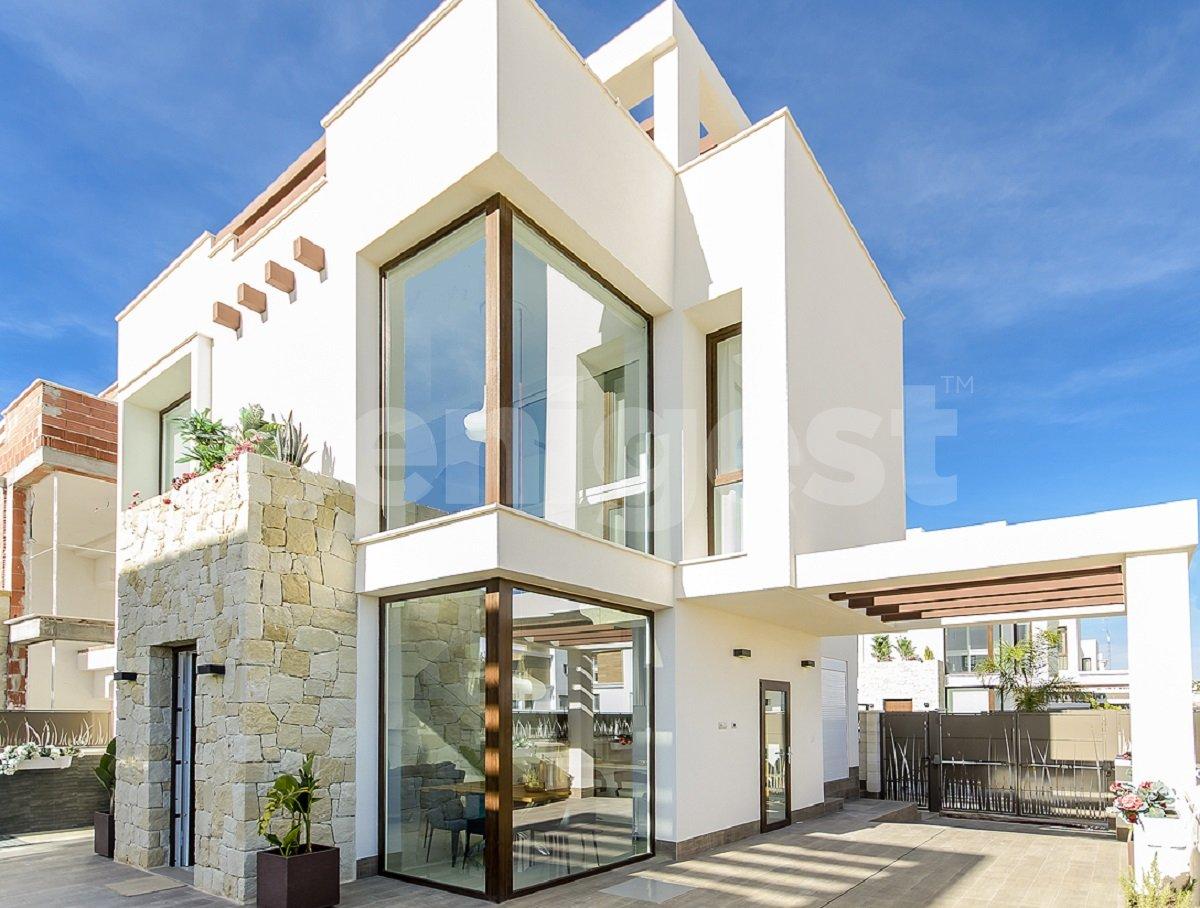 Luxury three bedroom villas