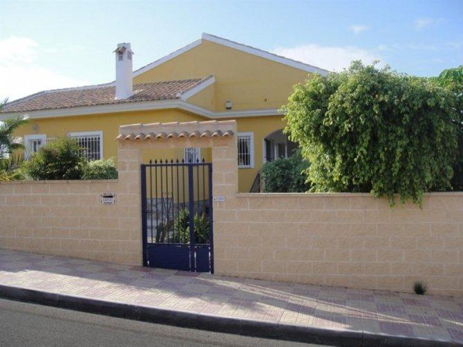 Villa in Entre Naranjos