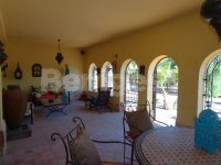 Beautiful Country villa in stunning location (7)