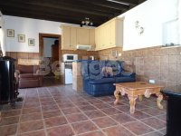 Beautiful Country villa in stunning location (16)