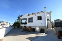 Golf resort detached villa on corner plot (0)