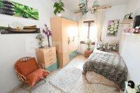 Three bedroom spacious apartment (6)