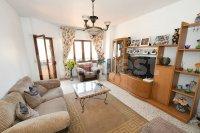 Three bedroom spacious apartment (1)