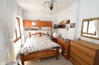 Three bedroom spacious apartment (3)