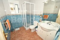 Semi detached with private pool and garage (7)