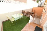 Semi detached with private pool and garage (14)