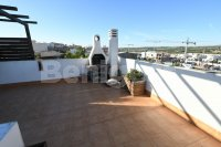 Top floor apartment with private solarium (6)