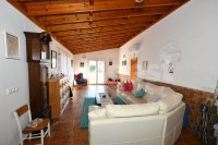 Country villa with 2 chalets and separate annex (7)