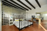 Country villa with 2 chalets and separate annex (17)