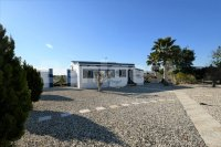 Country villa with 2 chalets and separate annex (5)