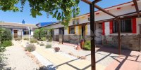 Country villa with 2 chalets and separate annex (3)