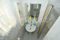 Semi detached with parking (9)