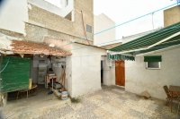 Traditional Spanish house in need of refurbishment (9)