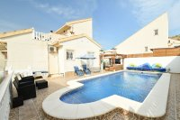 Detached 3 bedroom with private pool (0)