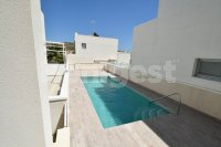 Detached villa with communal pool (15)
