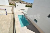 Detached villa with communal pool (17)