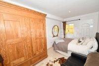 Semi detached villa close to amenities (11)