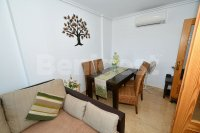 Spacious 2 bed, 2 bath with underground parking (4)