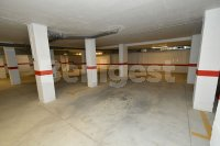 Spacious 2 bed, 2 bath with underground parking (18)