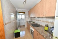 Spacious 2 bed, 2 bath with underground parking (6)