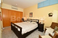 Semi detached villa very close to amenities (8)