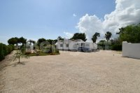 Newly refurbished country property (0)