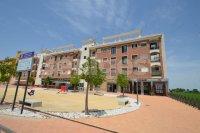 3rd Floor apartment, private solarium & parking (13)