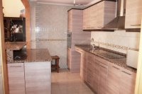 Large 3 bedroom townhouse (2)