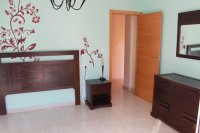Large 3 bedroom townhouse (12)