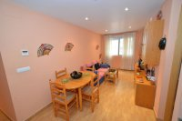 Bargain 2 bed apartment  (12)